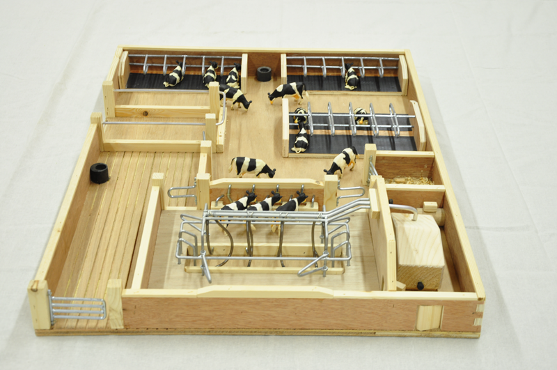 Small Toy Milking Parlour Wooden Handcrafted Farm Sets